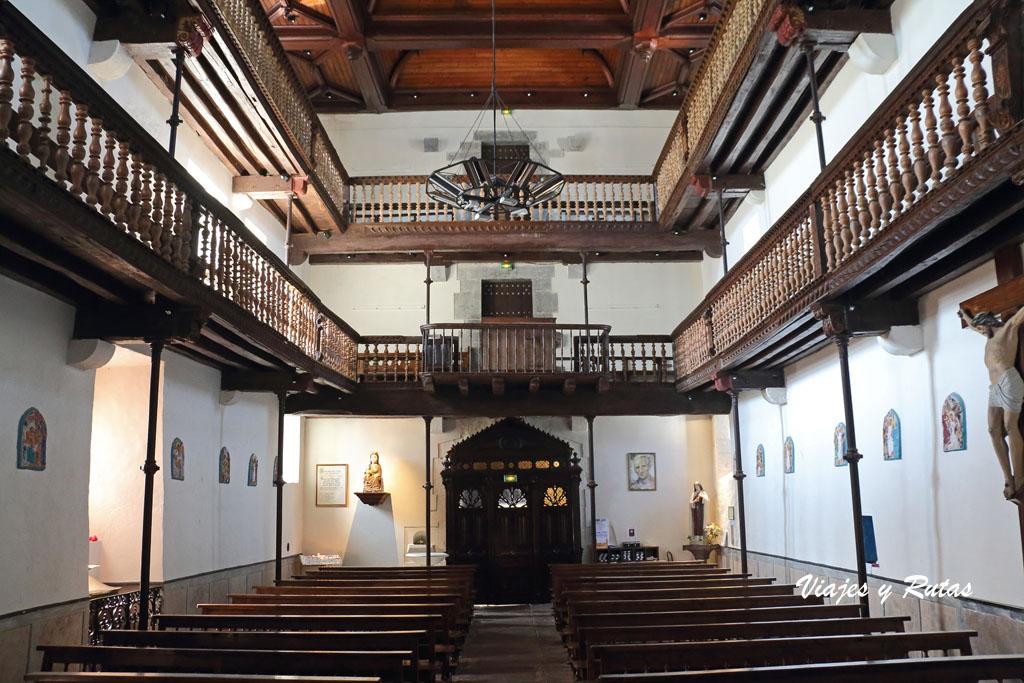 Interior de la Iglesia de Nuestra Señora de la Asunción de Ainhoa