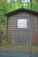 Toilettenhäuschen an der Riessersee Hütte in Garmisch-Partenkirchen