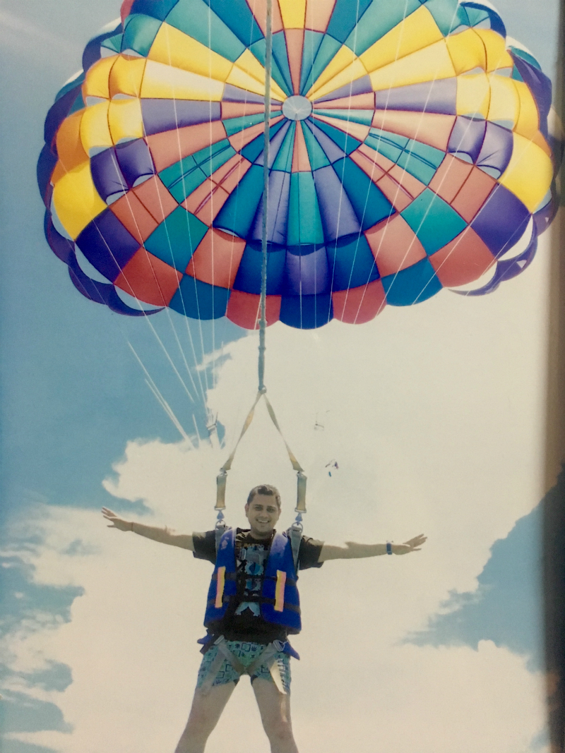 Parasailing in Pattaya