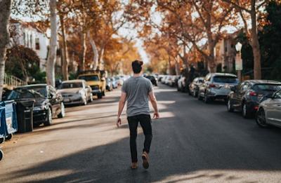 6 Kesalahan yang Sering Dilakukan Saat Jalan Kaki