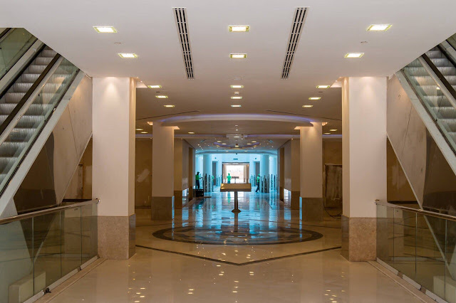 محل للبيع في داماك بارك افنيو مول Damac Park Avenue Mall