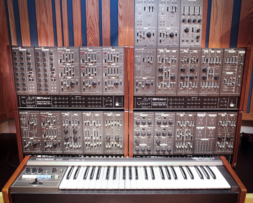 matrixsynth roland 100m vintage modular synthesizer with 184 4cv keyboard. Black Bedroom Furniture Sets. Home Design Ideas