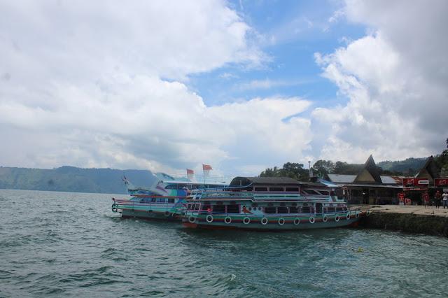 Keramba Ancam Pelestarian Danau Toba