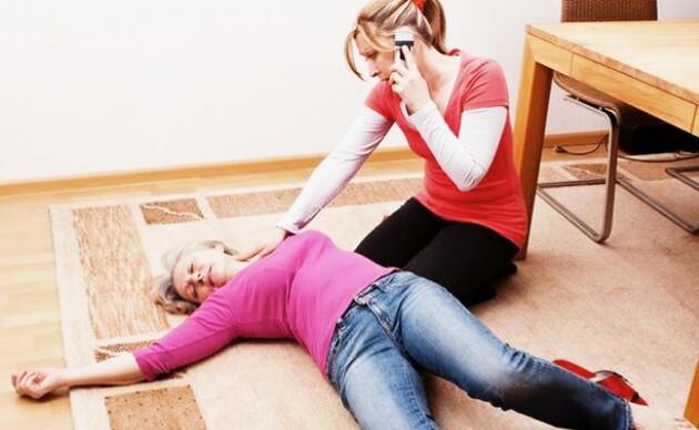 Teknik menolong orang pingsan