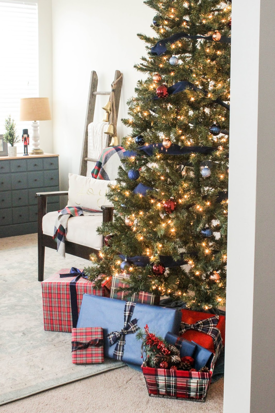 plaid christmas decor ideas