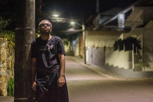 Raphael Warlock lança o disco 'O vilão sem vilania'