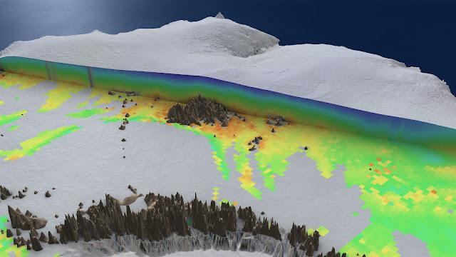 Revealing interior temperature of Antarctic ice sheet