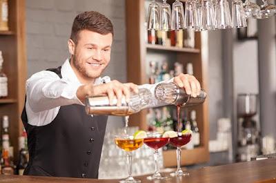 bartender-la-cong-viec-thu-vi-thu-nhap-tot