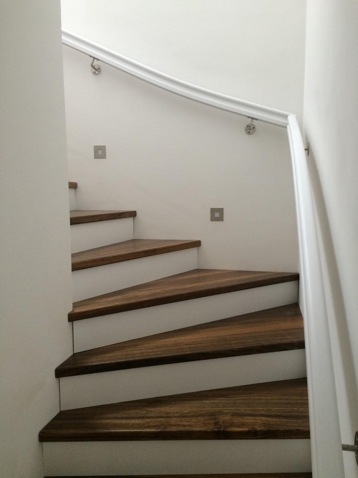 zuhause in rellingen treppenstufen und kamin. Black Bedroom Furniture Sets. Home Design Ideas