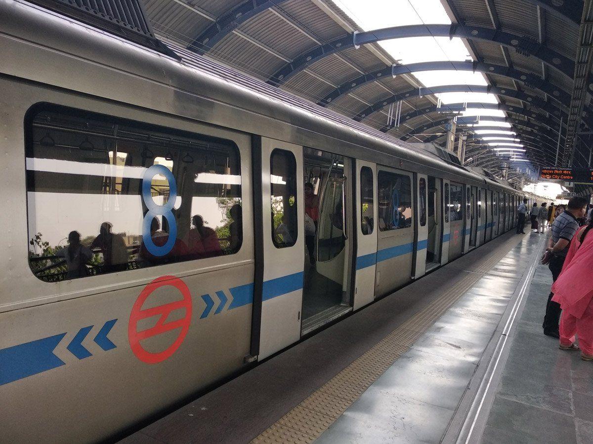 लॉकडाउन 4.0 - सोमवार को दिल्ली में मेट्रो और बस सेवाएं हो सकती है शुरू
