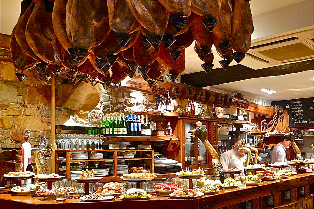 The best restaurants and tapas bars in barcelona blog for Cuisine bar tapas