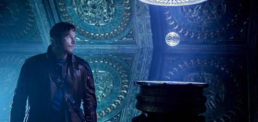 Chris Pratt în rolul StarLord din filmul Gardienii Galaxiei