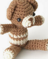 http://gosyo.co.jp/english/pattern/eHTML/ePDF/1108/2w/27-175K_Little_Amigurumi_Bear.pdf