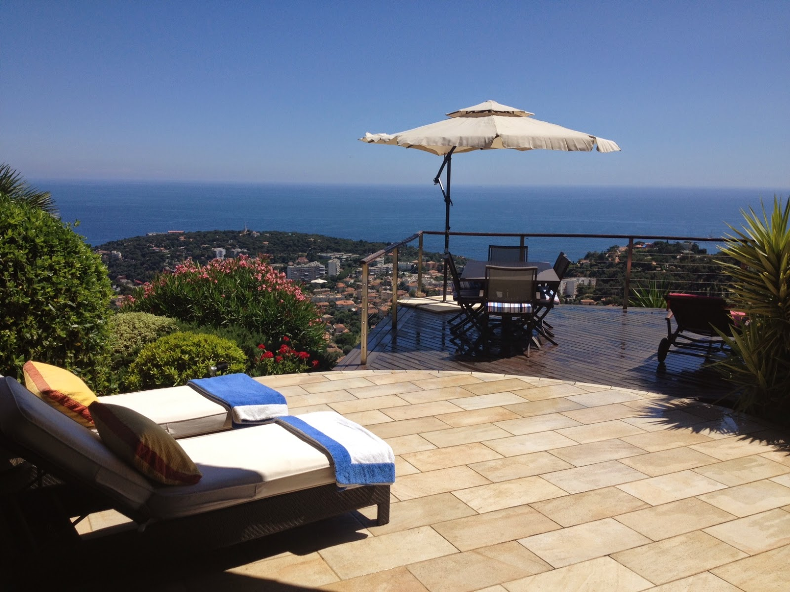 Rent a Villa with Pool in Cap Martin