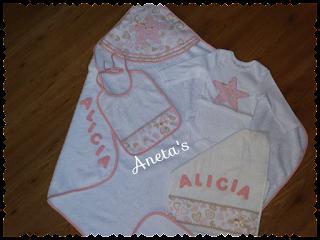 http://anetascamisetas.blogspot.com.es/2016/03/canastilla-personalizadas-para-bebes.html