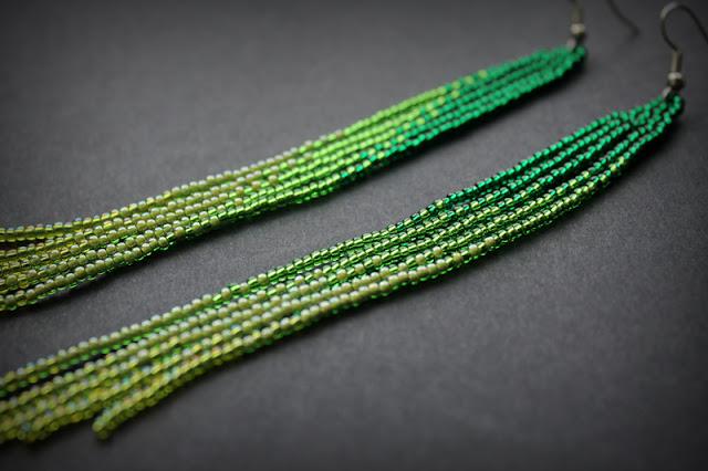 купить длинные серьги молодежные бижутерия ручной работы под зеленое платье