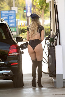 Ana-Braga-spotted-in-a-Halloween-Police-costume-while-getting-gas-in-Studio-City-k7dih58udt.jpg