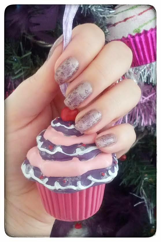 Christmas Nailart #3 : Les flocons de neige