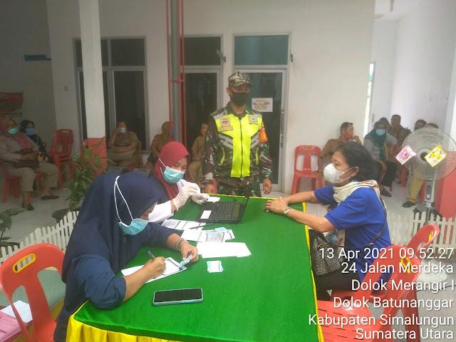Pelaksanaan Suntik Vaksin Diwilayah Binaan, Personel Jajaran Kodim 0207/Simalungun Monitor Pelaksanaannya