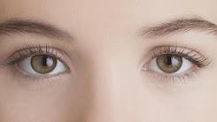 Beberapa Hal Berbahaya Akibat Sering Mengucek Mata