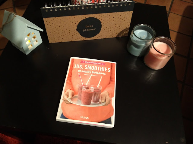 organisation, déco, maison, cuisine, bougie,lampe, livres, smoothie