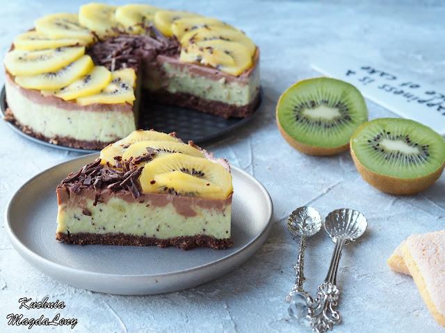 Kiwi z czekoladą sernik na zimno