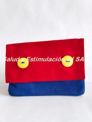 estuche tela rojo azul con tapa botones amarillos