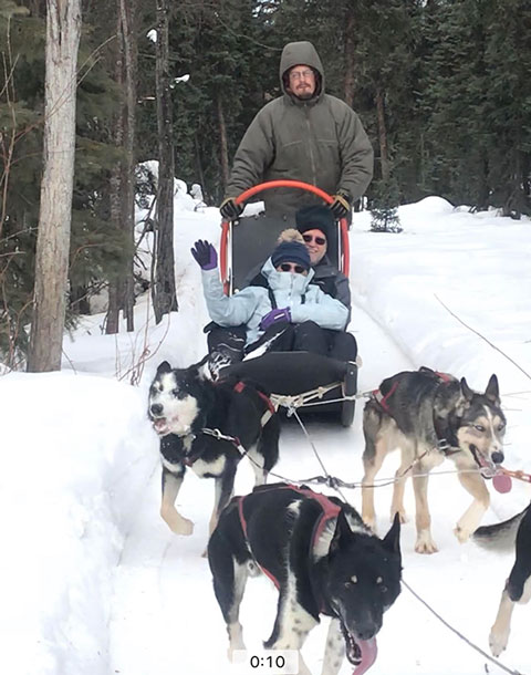 Resident Astronomers enjoy dog sled ride in Fairbanks, but no lights (Source: Palmia Observatory)