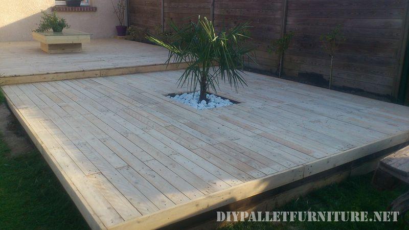 Tarima exterior y jardinera con palets - Jardineras con palets de madera ...