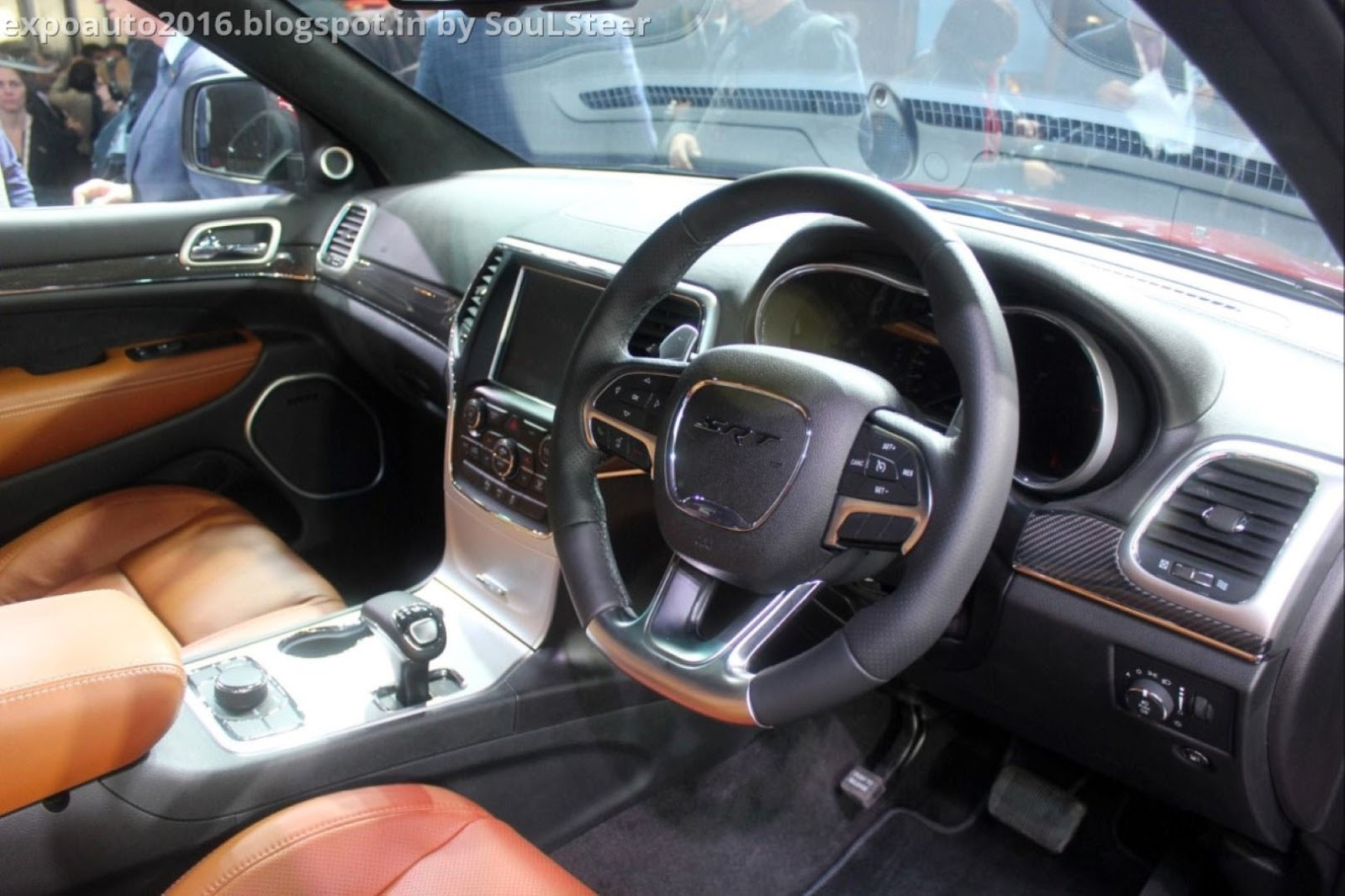 Auto Expo 2016 By Soulsteer 2015 Jeep Grand Cherokee Srt Is The