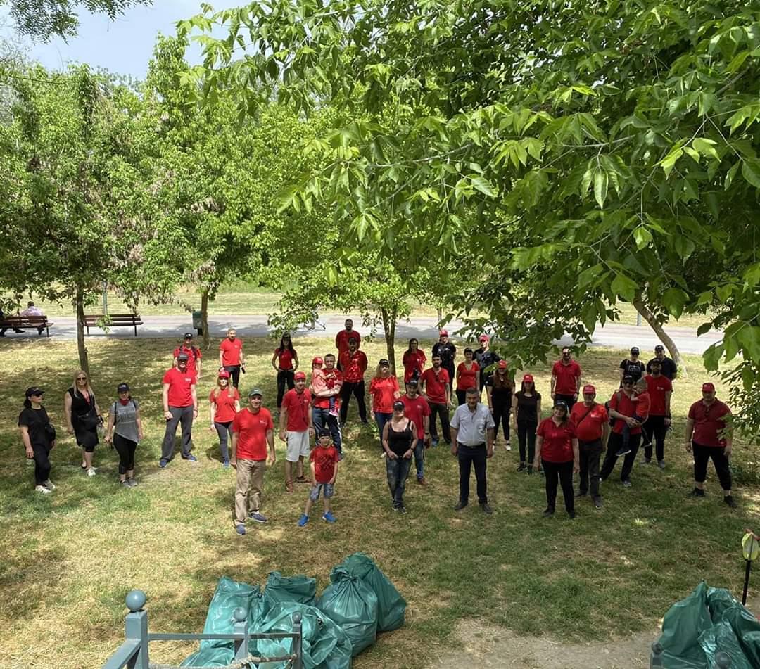 Εθελοντική δράση από την Κτηματομεσιτική εταιρεία KellerWilliamsOne σε συνεργασία με το Δήμο Λαρισαίων