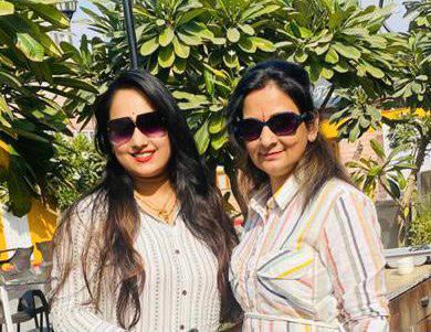 Miss-Rajasthan-Pratibha-Joshi-attend-Rangila-Phagotsav-as-a-chief-guest-at-jodhpur