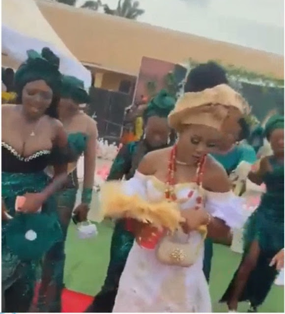 Bridesmaid's breast takes control as guest stood up to her money instead of the bride (Video)