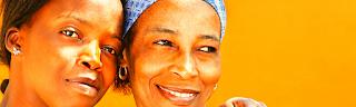Mère et fille, gagner de l'argent en Afrique avec un travail sur internet,