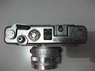 bagian atas Yashica Electro 35 GSN