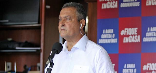 'Não vamos tolerar ataques contra a Constituição', diz Rui Costa