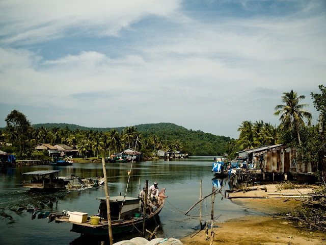 Cua Can Fishing Village
