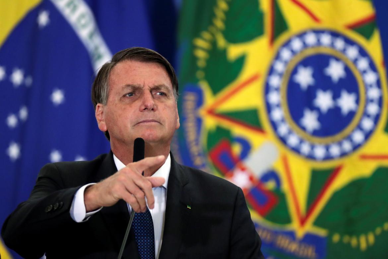 """Jair Bolsonaro comparó a Alberto Fernández con Maduro tras su polémica con brasileños: """"Para ellos, no hay vacunas"""""""