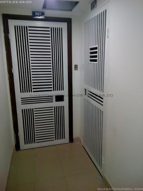 Mẫu cửa sắt chung cư tại chung cư N01-T4 Ngoại Giao Đoàn