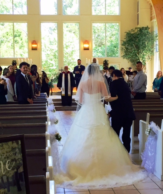Preacher Wedding Altar: Walnut Creek Chapel