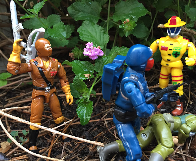 1987 Worms, 1994 action Soldier, Bootleg Crimson Guard, Blue, Black Major, CORPS Firefighter
