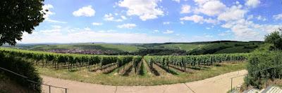 Uma vinícola na Baviera: o paraíso na Terra existe.