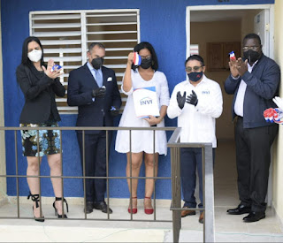 INVI y DNCD entregan apartamento a agente antinarcótico en proyecto Villa Progreso Nizao