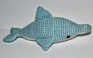 http://rincondepaqui.blogspot.com.es/2014/05/tutorial-delfin.html