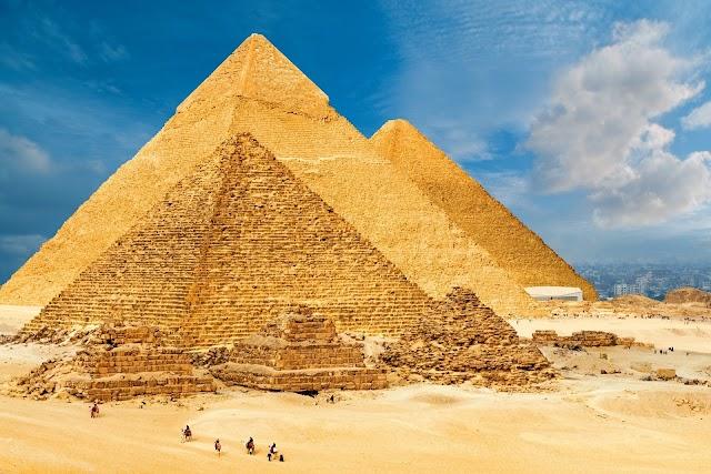 8 unique pyramid structures