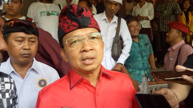 DPD PDIP Provinsi Bali Ikut Laporkan Aksi Pembakaran Bendera Partai Ke Polisi