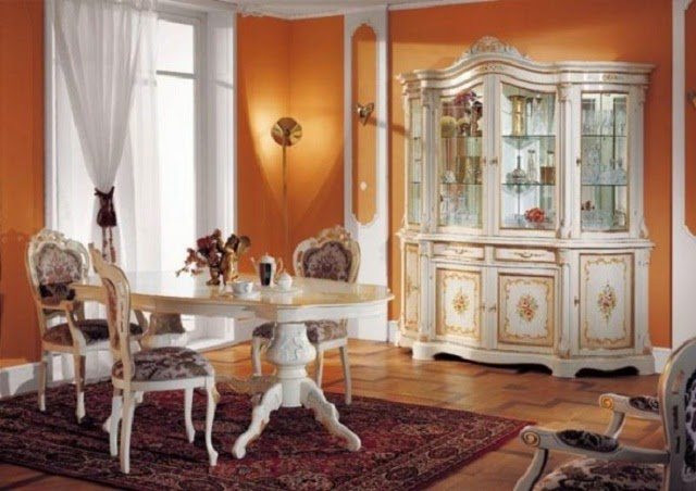 Traditional Italian Furniture picture