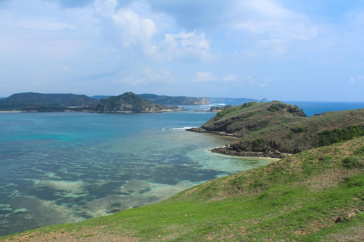 Lokasi Hunting Foto Landscape Bukut merese indah di lombok