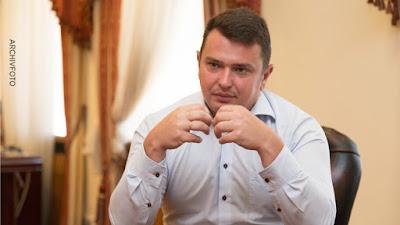Нынешнее руководство Украины реально не борется с коррупцией, а активно препятствует этому — Bild