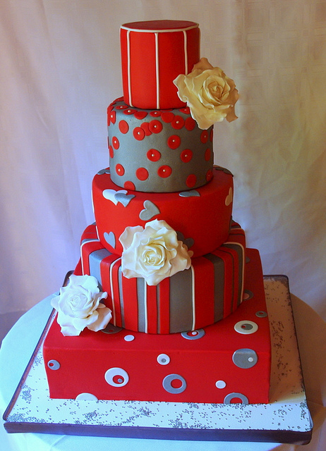 red black and silver wedding cake wedding cakes pictures and silver wedding cakes 19109